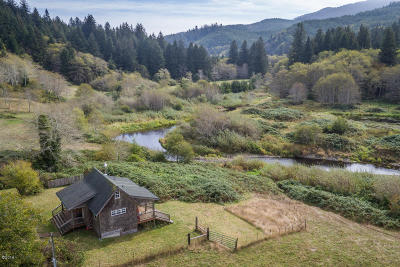 Yachats Single Family Home For Sale: 3166 Yachats River Rd.