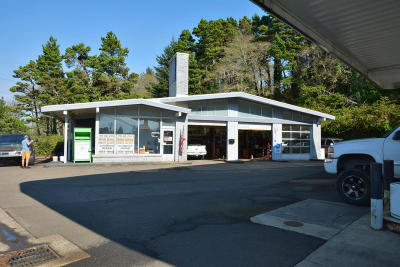 Lincoln City Commercial For Sale: 2424 NE Us-101