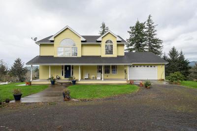 Otis Single Family Home For Sale: 8315 NE Ridgecrest Ct