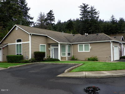 Newport OR Condo/Townhouse Closed: $192,500