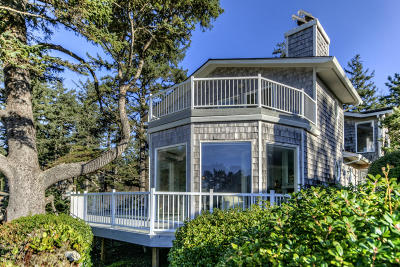 Depoe Bay Single Family Home For Sale: 355 Midden Reach