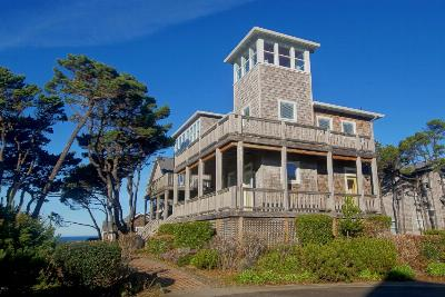 Depoe Bay OR Single Family Home Closed: $350,000