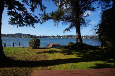 Lincoln City OR Single Family Home Closed: $397,000