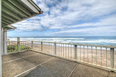 Depoe Bay, Gleneden Beach, Lincoln City, Otter Rock Condo/Townhouse For Sale: 4175 N Hwy 101 #D8