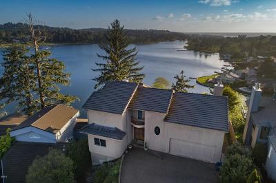 Lincoln City Single Family Home For Sale: 1204 NE Harbor Ridge