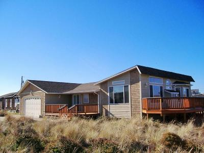 Waldport Single Family Home For Sale: 206 NW Alsea Bay Dr