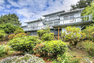 Yachats Single Family Home For Sale: 760 Hwy 101 S