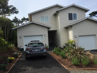 Lincoln City Multi Family Home For Sale: 1218/1216 NW 13th Street