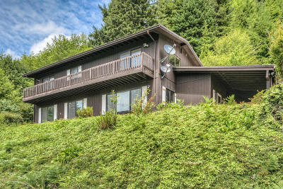 Yachats Single Family Home For Sale: 3279 Yachats River Road