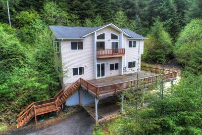 Depoe Bay, Gleneden Beach, Lincoln City, Newport, Otter Rock, Seal Rock, South Beach, Tidewater, Toledo, Waldport, Yachats Single Family Home For Sale: 5620 E Alsea Hwy