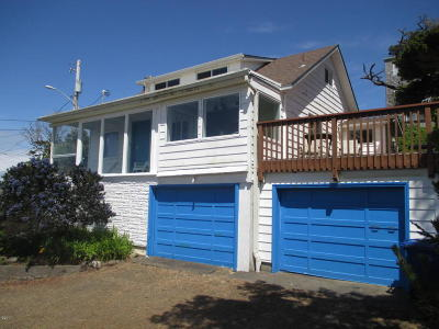 Single Family Home Sold: 3652 SW Beach Ave