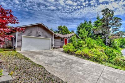 Waldport Single Family Home For Sale: 1365 SW Chad Dr