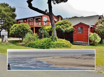 Waldport Single Family Home For Sale: 957 SW Waziyata Ave 97394