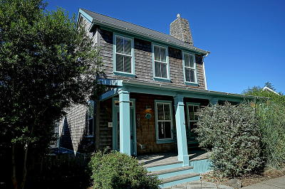 Lincoln City OR Single Family Home Sold: $439,000