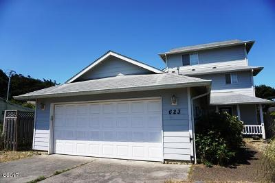 Single Family Home Sold: 623 SW Ebb Ave