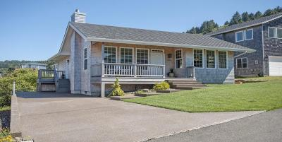 Lincoln City Single Family Home For Sale: 1905 NE 68th St.