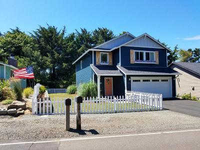 Lincoln City OR Single Family Home For Sale: $319,900