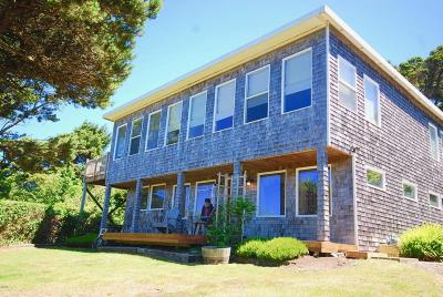 Newport Single Family Home For Sale: 1332 NW Thompson St.
