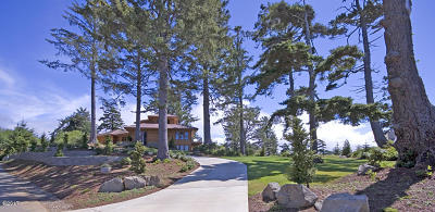 Waldport Single Family Home For Sale: 835 NW Highland Cir