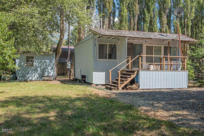 Depoe Bay, Gleneden Beach, Lincoln City, Newport, Otter Rock, Seal Rock, South Beach, Tidewater, Toledo, Waldport, Yachats Single Family Home For Sale: 3470 S Ballard Ln