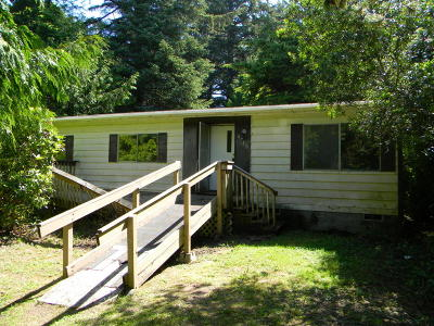 Depoe Bay, Gleneden Beach, Lincoln City, Newport, Otter Rock, Seal Rock, South Beach, Tidewater, Toledo, Waldport, Yachats Mobile/Manufactured For Sale: 6740 Salal Pl