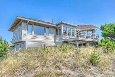 Lincoln City Single Family Home For Sale: 332 Salishan Dr