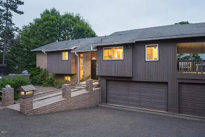 Pacific City Single Family Home For Sale: 32995 Terrace View Road