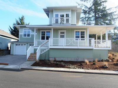 Pacific City Single Family Home For Sale: 34790 Lahaina Loop