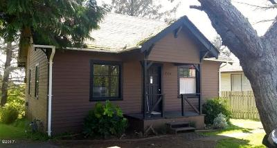 Lincoln City Single Family Home For Sale: 1774 NE 13th St