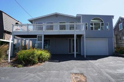 Lincoln City Single Family Home For Sale: 3124 NW Neptune Avenue