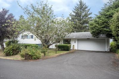 Waldport Single Family Home For Sale: 380 NE Edgecliff Dive