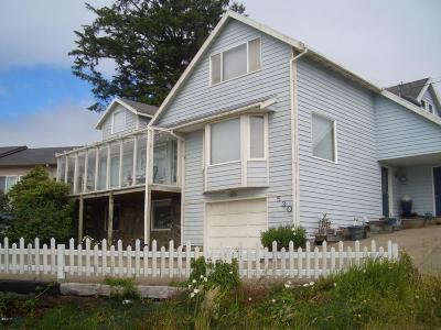 Depoe Bay Single Family Home For Sale: 530 SW Coast Ave
