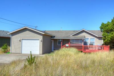 Depoe Bay, Gleneden Beach, Lincoln City, Newport, Otter Rock, Seal Rock, South Beach, Tidewater, Toledo, Waldport, Yachats Mobile/Manufactured For Sale: 1710 NW Dolphin Ln