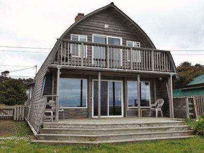 Seal Rock Single Family Home For Sale: 11740 NW Pacific Coast Hwy
