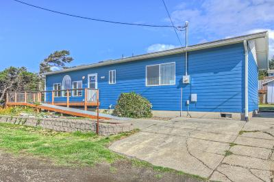 Yachats Single Family Home For Sale: 145 NW Spencer St