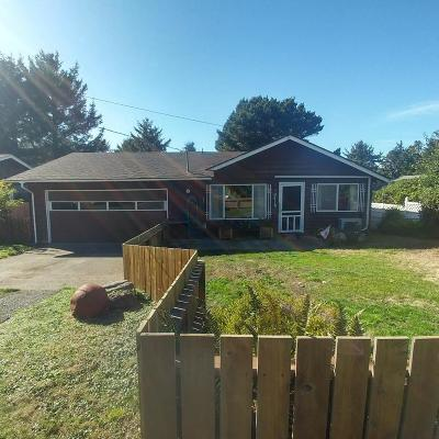 Newport Single Family Home For Sale: 2415 NW Nye St