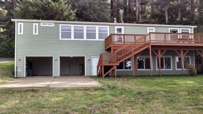 Yachats OR Mobile/Manufactured For Sale: $299,900