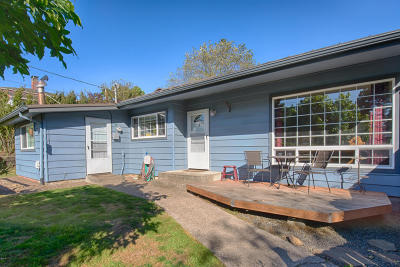 Newport Single Family Home For Sale: 312 NW 16th St