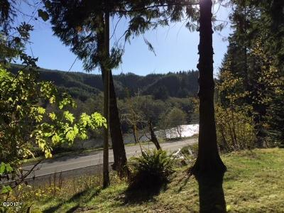 Lincoln City Single Family Home For Sale: 4023 Siletz Hwy