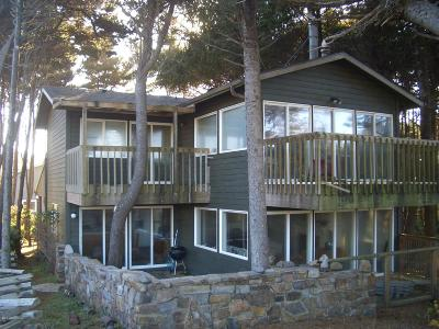 Depoe Bay Single Family Home For Sale: 335 SW Cliff Street