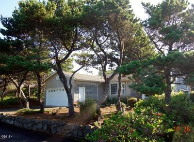 Lincoln City Single Family Home For Sale: 340 Shore