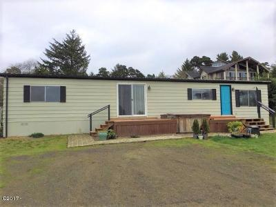 Seal Rock Mobile/Manufactured For Sale: 10151 NW Crane St
