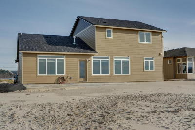 Waldport Single Family Home For Sale: 26 NW Oceania Dr