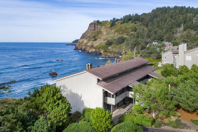 Depoe Bay, Gleneden Beach, Lincoln City, Otter Rock Condo/Townhouse For Sale: 301 Otter Crest Drive #104-105