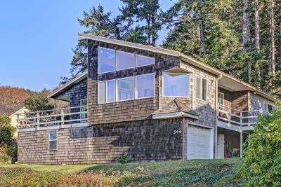 Yachats Single Family Home For Sale: 544 Hwy 101 N