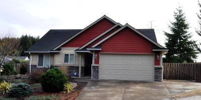 Lincoln City Single Family Home For Sale: 5804 NE Voyage Ave