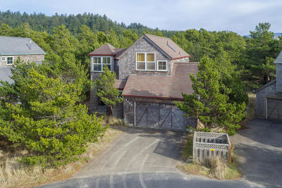Pacific City Single Family Home For Sale: 5680 Barefoot Ln