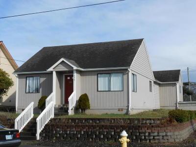 Newport Single Family Home For Sale: 606 N.W. Lee Street
