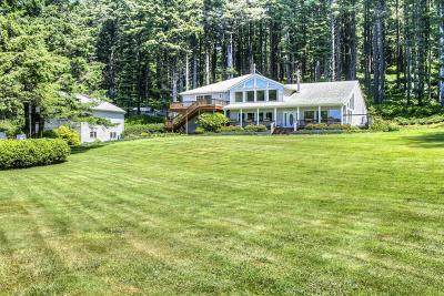 Yachats Single Family Home For Sale: 95981 Highway 101 S