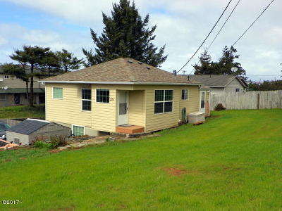 Newport OR Single Family Home Closed: $199,500